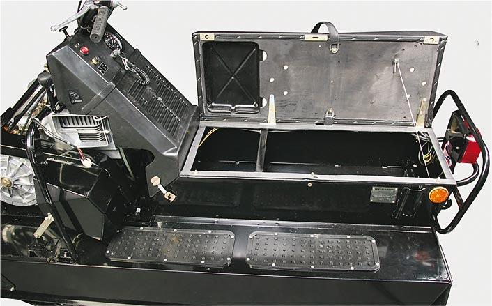 Буран А/АЕ с вместительным багажником.